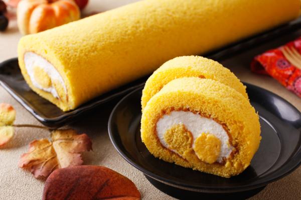 10月朔日ロール(かぼちゃのロールケーキ)②